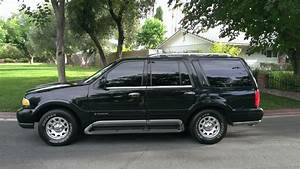 1999 Lincoln Navigator - Exterior Pictures
