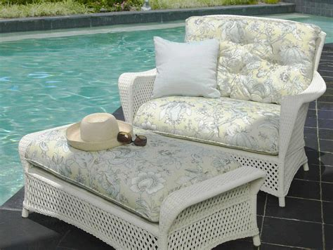 lloyd flanders grand traverse wicker outdoor chair half
