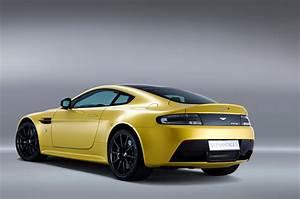 Aston Martin V12 Vanquish : aston martin v12 vantage s photo gallery autoblog ~ Medecine-chirurgie-esthetiques.com Avis de Voitures