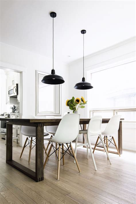 Black Dining Room Set And Interior Design Ideas Photos by Scandinavian Inspired Dining Room M 246 Rbyl 229 Nga Table