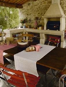 cuisine d39ete exterieure murs et barbecue pierre With ordinary deco de jardin exterieur 8 decoration cuisine avec pierre