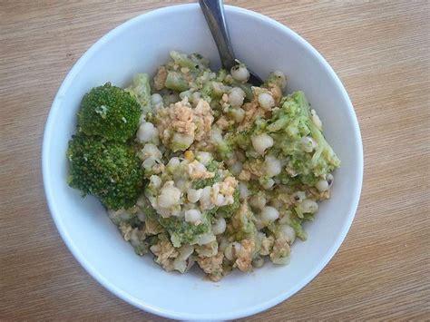comment cuisiner des brocolis salade d 39 orge brocoli et oeufs brouillés ou comment