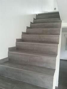 Habiller Un Escalier En Béton Brut : fabulous et bien lescalier est termin on la fait faire par le carreleur en fait pas assez ~ Nature-et-papiers.com Idées de Décoration