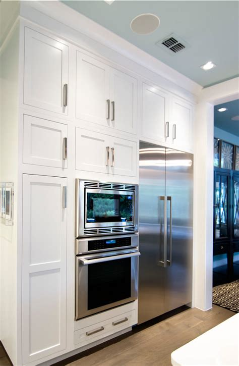sherwin williams pure white cabinets transitional beach house home bunch interior design ideas 309 | Kitchen Cabinet. Kitchen Cabinet Ideas. Paint Color is Sherwin Williams Pure White SW 7005. SherwinWilliamsPureWhite SW 7005