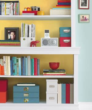How To Organize A Bookcase by Bookshelf Organization The Wallflower