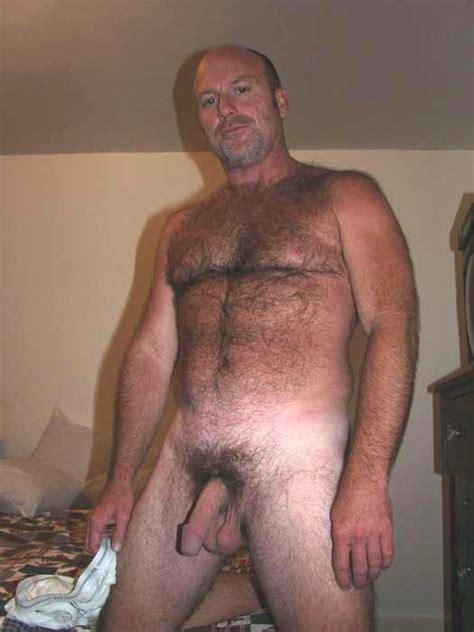 nude hairy baren