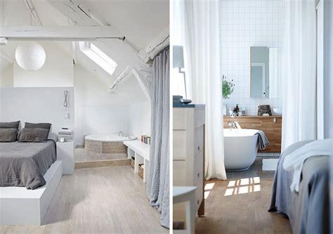 salle de bain ouverte dans chambre une salle de bains dans la chambre joli place