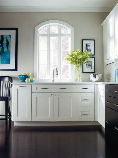 fayette purestyle white kitchen  thomasville cabinetry