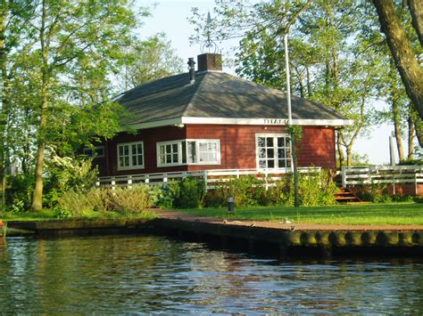 Boot Te Koop Eernewoude by Vakantiewoningen Aan Het Water Alde Feanen Verhuur En