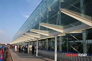 Aeroporto, arrestato marocchino con documenti falsi