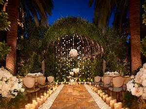 non tacky vegas wedding ideas travel channel With las vegas wedding on a budget