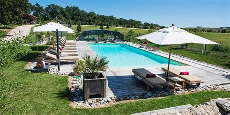 chambre d hote dans le gers vacances en chambres d 39 hôtes ou gite avec piscine dans le gers