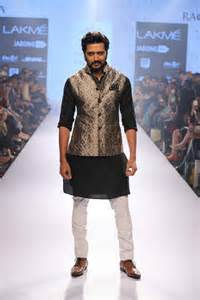 hindu wedding attire the ultimate south asian style guide men 39 s sherwanis