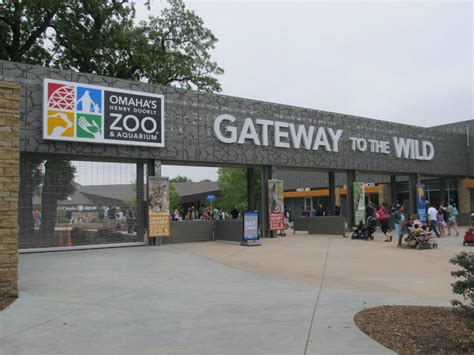 omaha henry doorly zoo top 10 largest zoo in the world findtop10s largest zoo