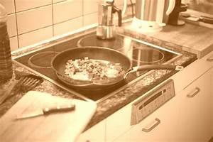 Nettoyer Une Plaque Vitrocéramique : 5 de nos tops astuces pour nettoyer une plaque ~ Melissatoandfro.com Idées de Décoration