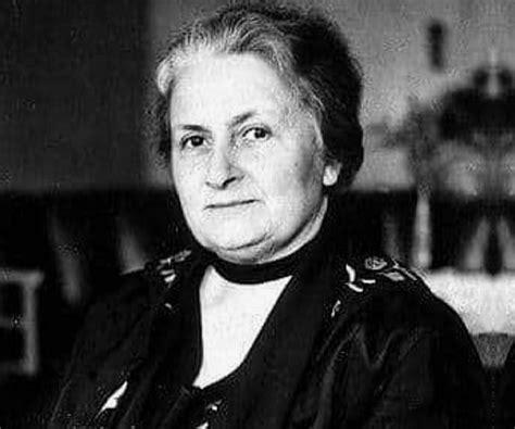 Maria Montessori Biography - Childhood, Life Achievements ...
