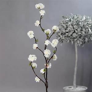 Zweige Weiß Ansprühen : kirschbl tenzweig nature 145cm wei dp kunstblumen k nstliche kirschbl ten blumen zweige ~ Orissabook.com Haus und Dekorationen