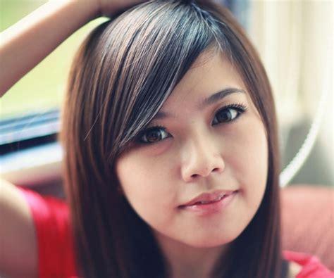 30 Sensational Medium Length Hairstyles With Bangs