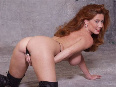 Smokin Hot Redhead Milf Adult Pictures Luscious