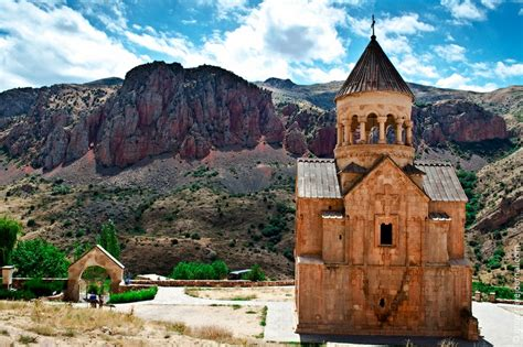 mesmerizing beauty  armenia    waste  time