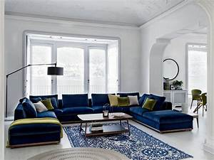setting coffee tables in interior designing hamstech blog With interior decor training