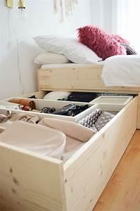 Bett Unter Schräge : die besten 25 stauraumbett ideen auf pinterest lagerbetten ikea hochbett stuva und bett mit ~ Sanjose-hotels-ca.com Haus und Dekorationen