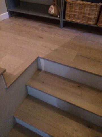 cr r un bureau d ude escalier contremarche peinte maison design bahbe com