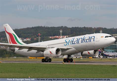 Pin Sri Lankan Airlines Airbus A340 313 Cdglfpg 102011 Pictures on Pinterest