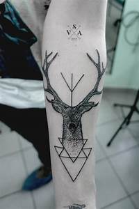 Innovative Geometric Tattoo Inspiration