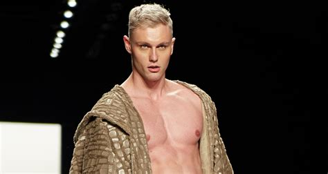 Nude Male Model Causes Controversy with Fashion Week Orchestrators