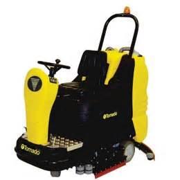 tornado model br 33 30 ride on battery automatic floor scrubber 36v 185 ah acid batteries