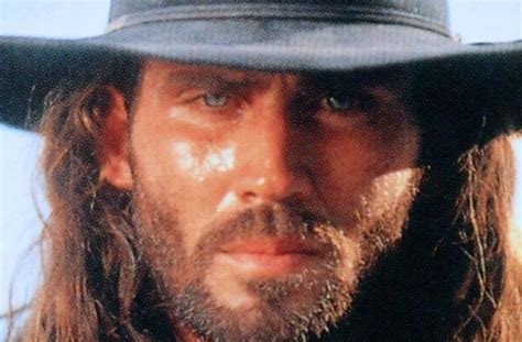 He worked in many countries, including south africa, bulgaria. Joe Lara - Bilder - Star - TV SPIELFILM