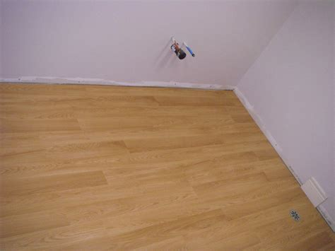 laminate flooring problems laminate flooring bathroom laminate flooring problems