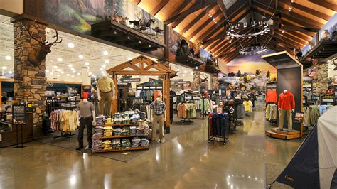 cabelas retail center kraus anderson
