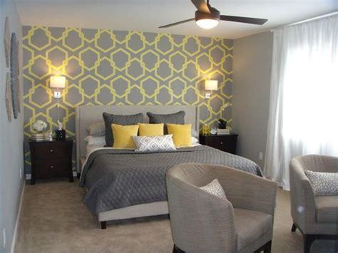 Bedroom Decorating Ideas Wallpaper by Grey Bedroom Wallpaper Bedroom Wallpaper Sles