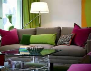 buntes sofa kips bay 2009 eileen kathryn boyd s colorful living room