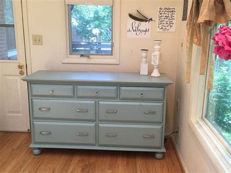 how to paint kitchen cabinet 1000 ideas about painting pine furniture on 7309