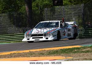 Circuit Automobile Italie : car lancia beta montecarlo old car red coup coupe sports car stock photo 19997783 alamy ~ Medecine-chirurgie-esthetiques.com Avis de Voitures