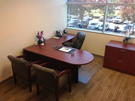 Office Room : Conference Room Rental
