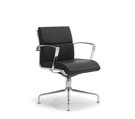 poltrone da scrivania poltrone e sedie girevoli da scrivania leyform