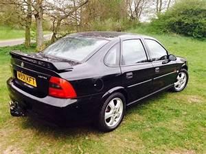 Vauxhall Vectra B 1 8i Sxi