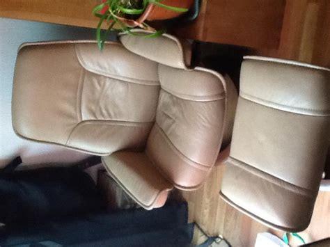 bureau de change toulouse troc echange fauteuil stressless cuir avec repose pied sur