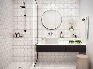 Petite salle de bain 34 photos idees inspirations for Carrelage petit carreau salle de bain