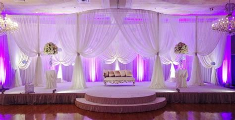 Wedding Stage Decoration: 10 Awesome Decoration Ideas