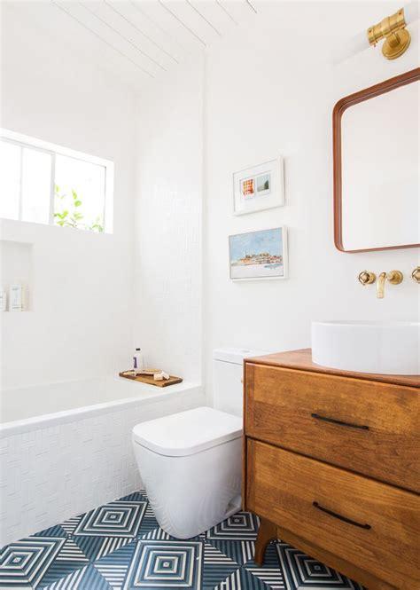 25 best ideas about mid century bathroom on