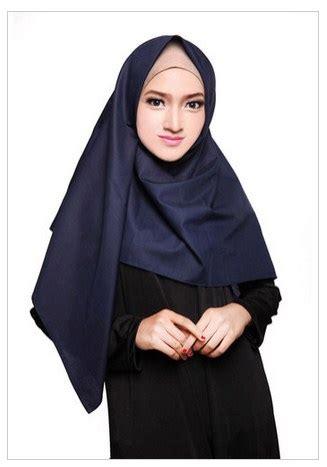 kreasi model hijab modern segi tiga terbaru