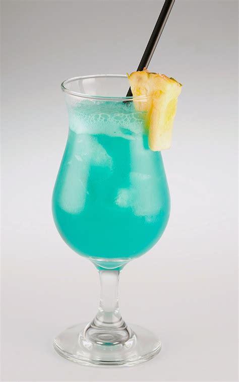 blue hawaii drink ingredients top 28 blue hawaii drink ingredients blue hawaiian recipe cocktails liqueurs and coconut