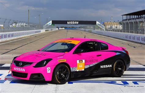 crg nissan altima coupe takes part  continental tire