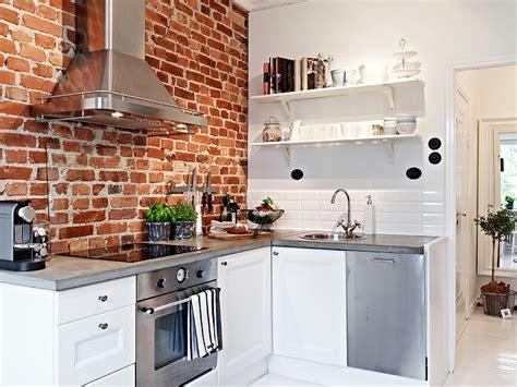 Red Bricks In The Kitchen Viskas Apie Interjer Pertaining