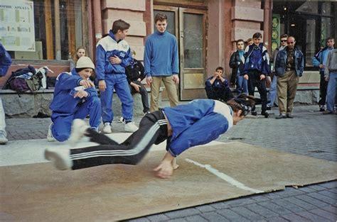 breakdancing   ussr     soviet  boys  calvert journal